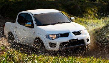 Mitsubishi Sportero 2013