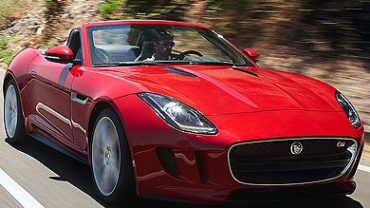 El Jaguar F-Type Coupé, cazado: su belleza 'toca techo'