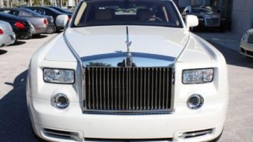 Rolls Royce Phantom 2011